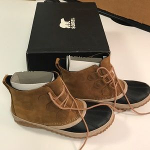 NIB Sorel Out N About sz 8.5